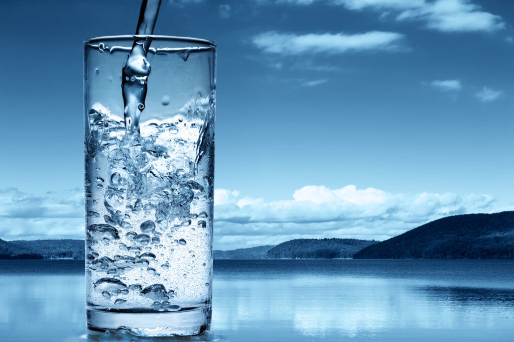 Rent vatten med vattenfilter